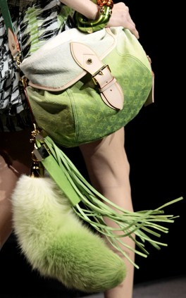 Louis Vuitton spring 2010 fur tail