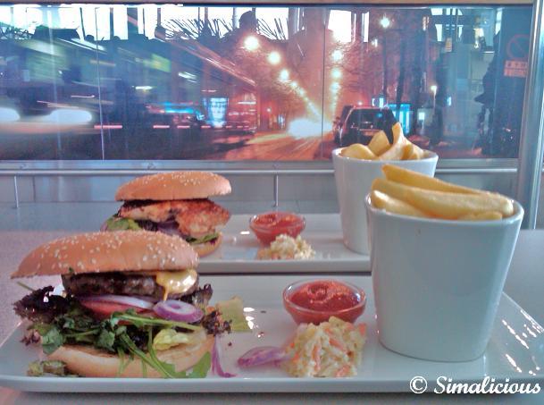Burgers in helsinki airport